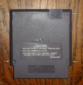 Nintendo cart with 5 screws